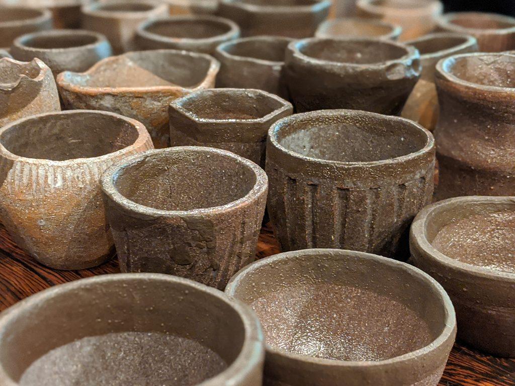 完成した陶器の植木鉢